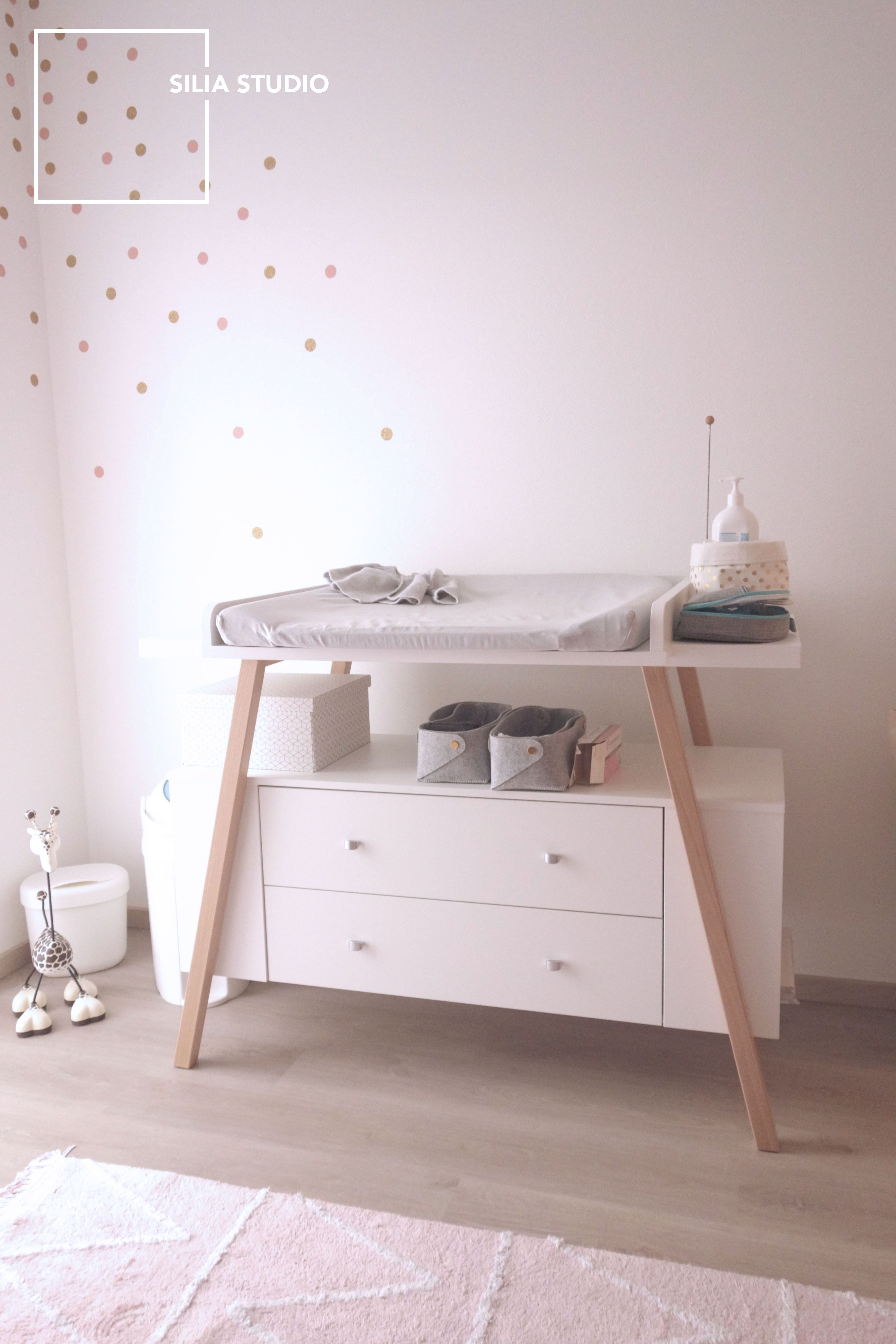 Table scandinave bebe