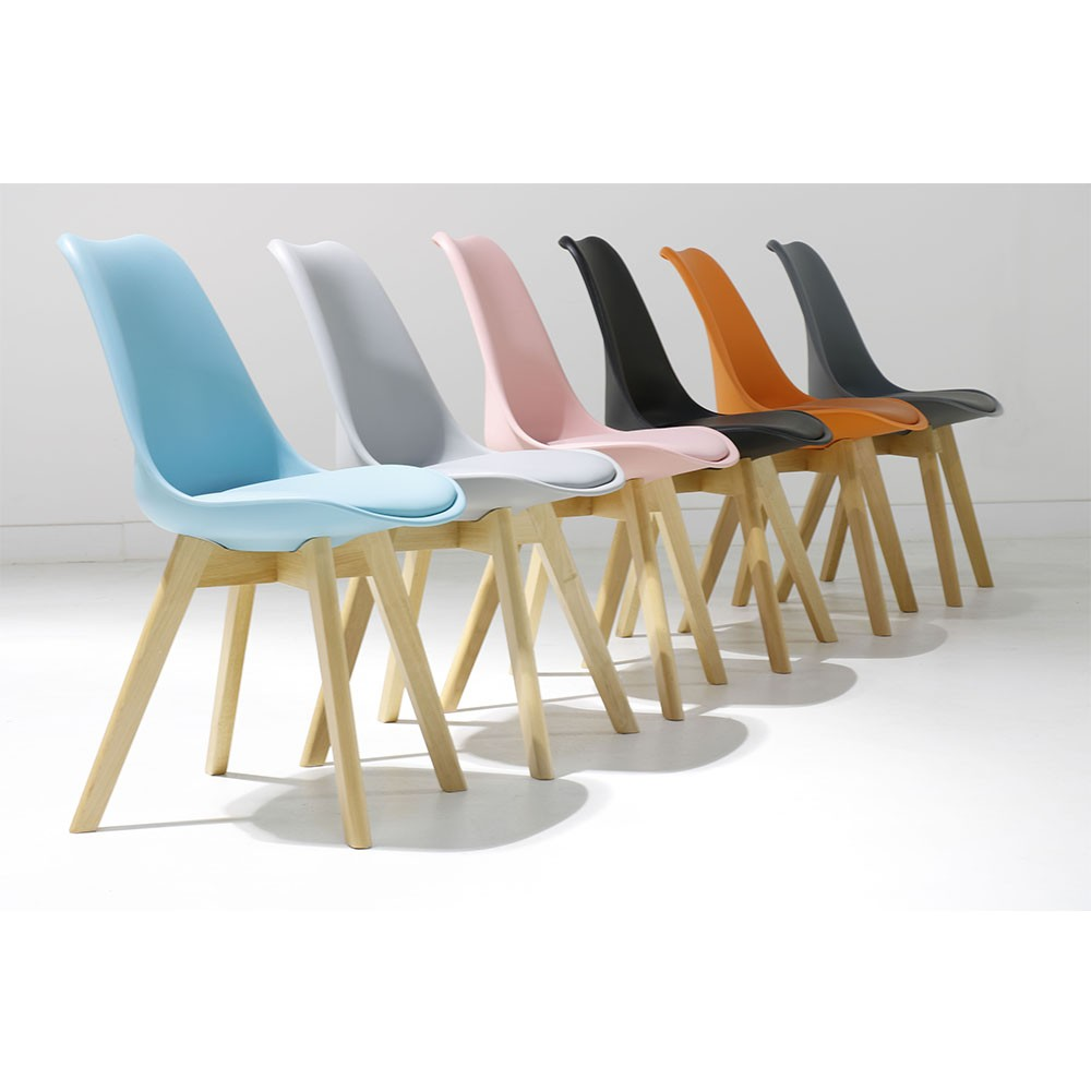 Chaise Scandinave Pastel