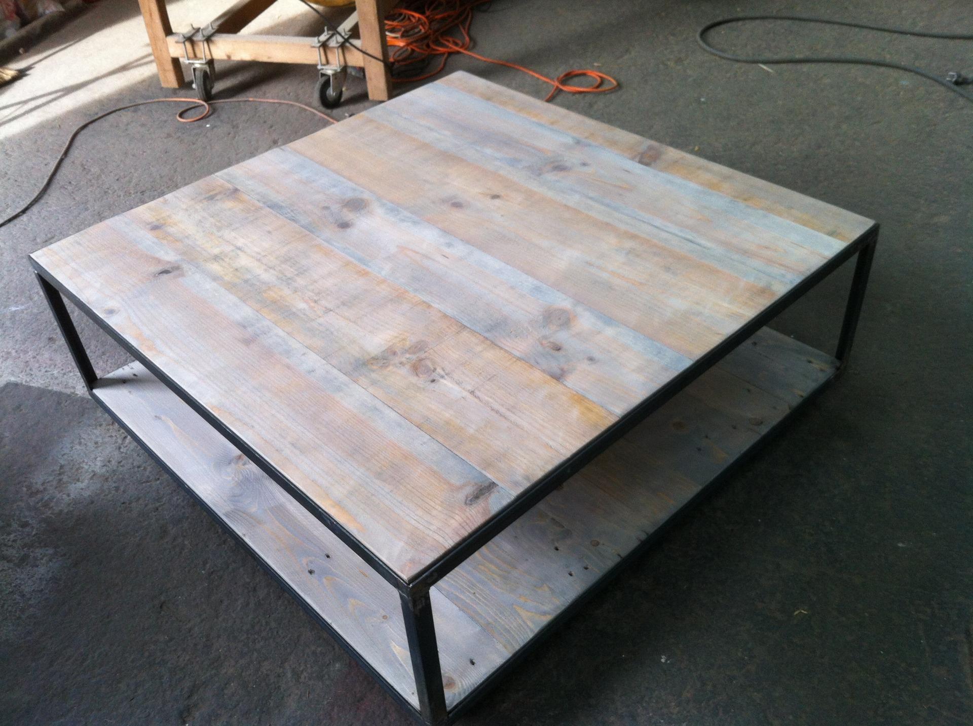 comment fabriquer une table basse en bois et metal