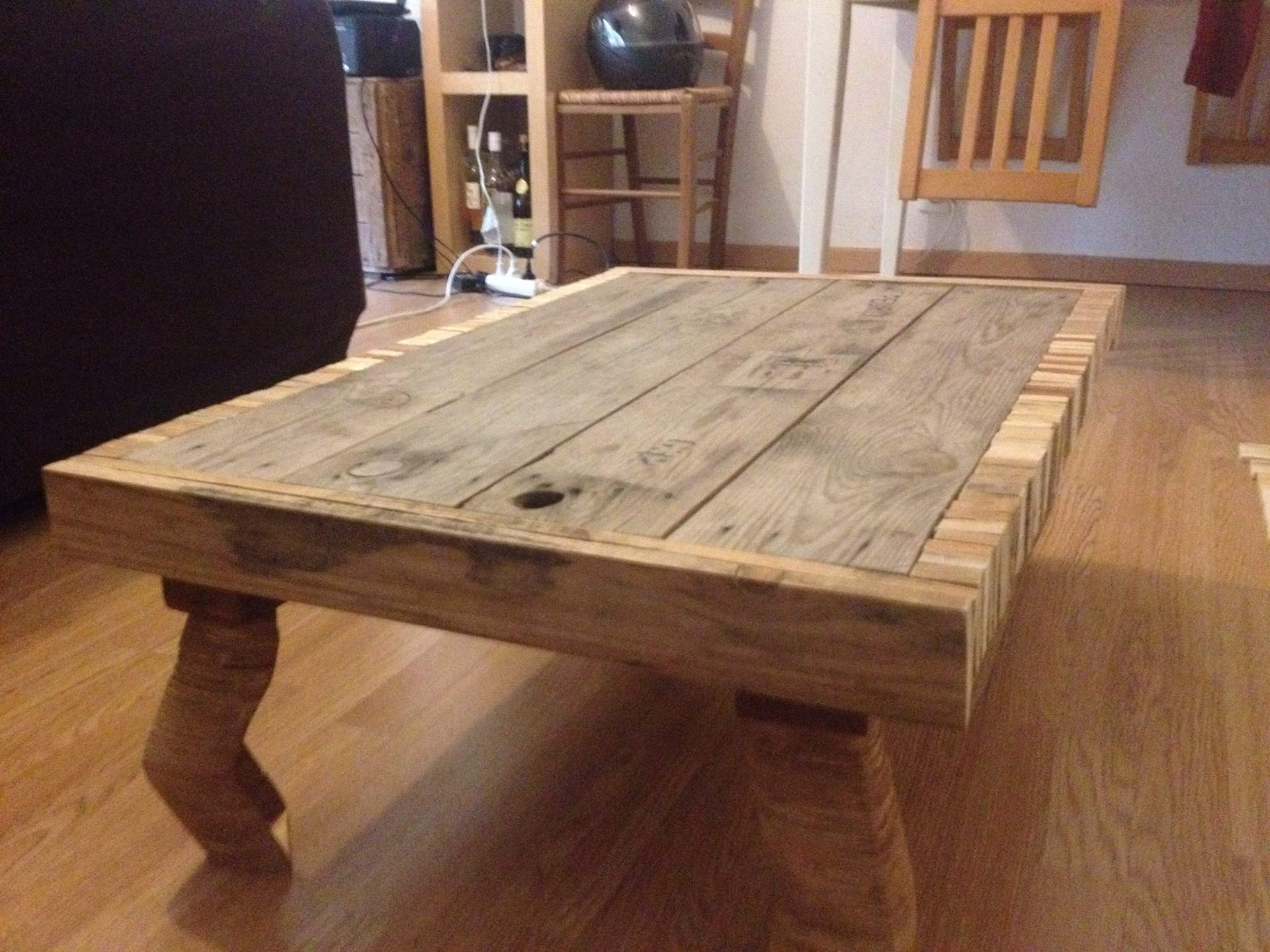 table basse palette amazon boutique gain de. Black Bedroom Furniture Sets. Home Design Ideas