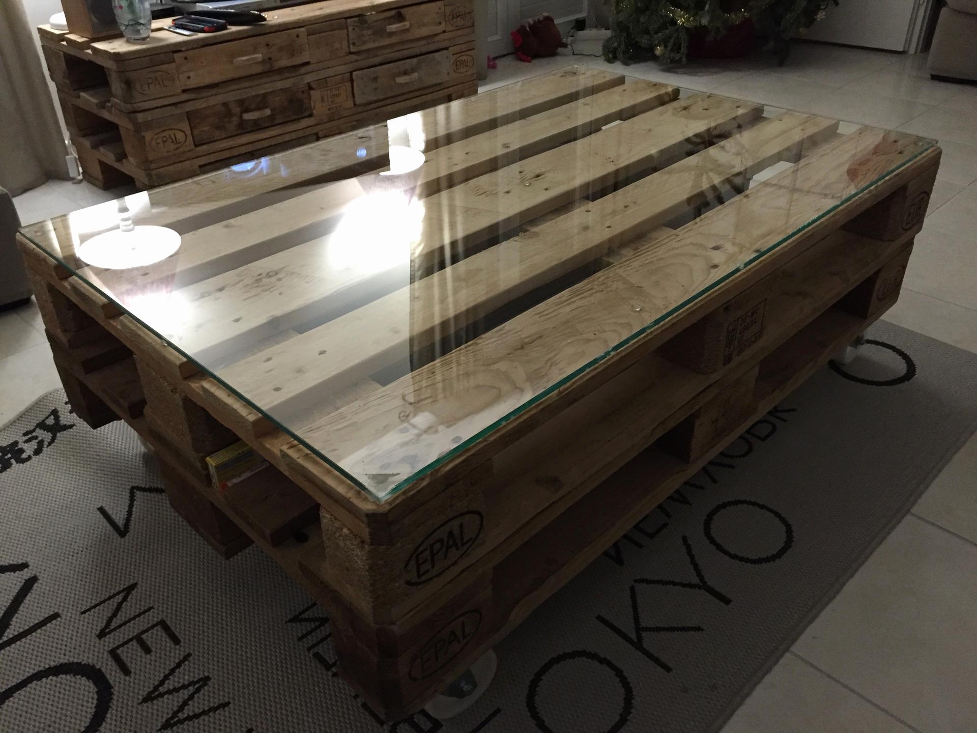 Meuble table basse palette boutique gain de - Palettes table basse ...